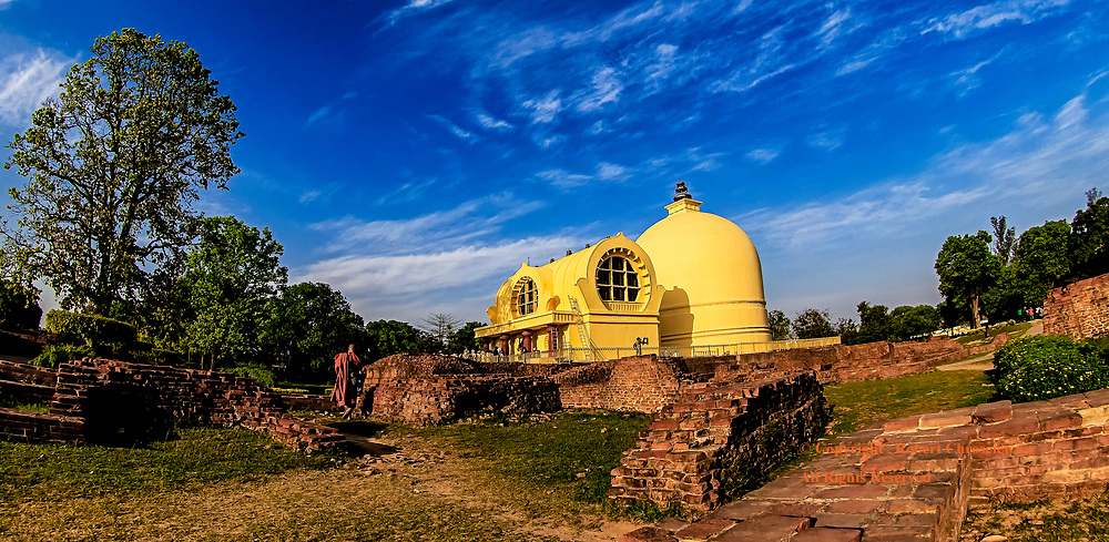 Parinirvana Stupa : The yellow Parinirvana Stupa in the late afternoon, is reputed to be the death place of Gautama Buddha, the founder of Buddhism, Kushinagar India.