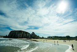 Praia de Torres, no litoral norte do Rio Grande do Sul. FOTO: Emmanuel Denaui/ Agência Preview