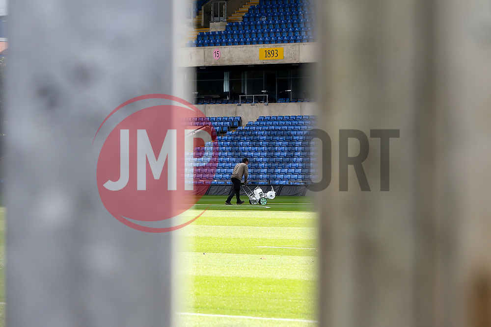 A general view of The Kassam Stadium, home to Oxford United, as the groundsman marks out the pitch - Mandatory by-line: Robbie Stephenson/JMP - 06/10/2020 - FOOTBALL - Kassam Stadium - Oxford, England - Oxford United v Bristol Rovers - Leasing.com Trophy