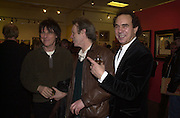 Jeff Beck, Chris Jagger and Paul Golding, Inspirational Times, rock Art from Beat to Punk via Psychedelia. Sotheby's. Olympia. 6 January 2002. © Copyright Photograph by Dafydd Jones 66 Stockwell Park Rd. London SW9 0DA Tel 020 7733 0108 www.dafjones.com
