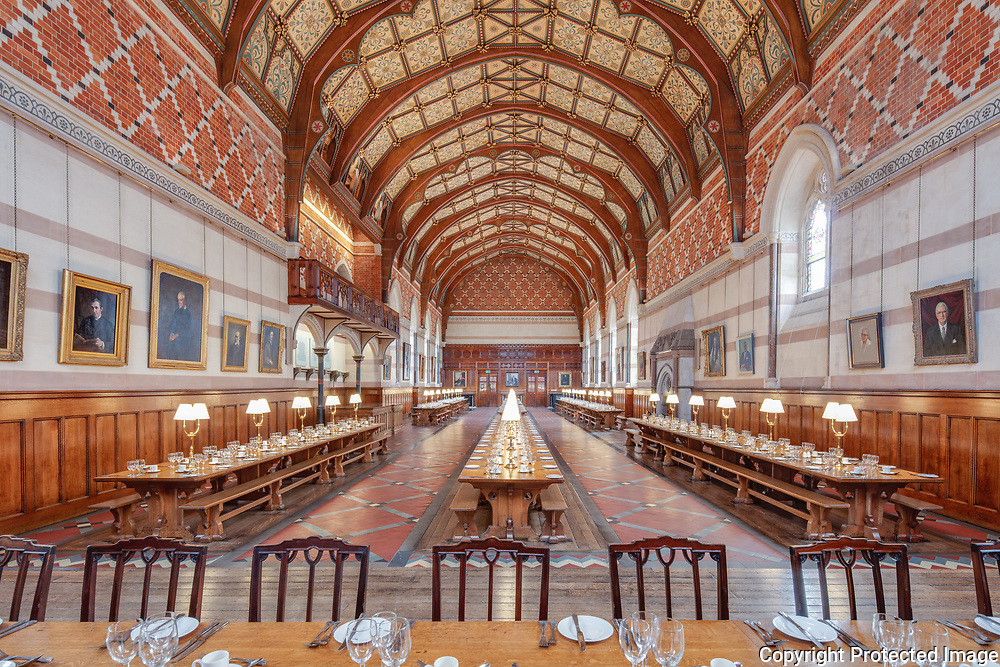 Keble college dining hall restoration. <br /> Restoration and servery Architect: Original Field of Architecture, 2019 <br /> Architect: William Butterfield, 1878