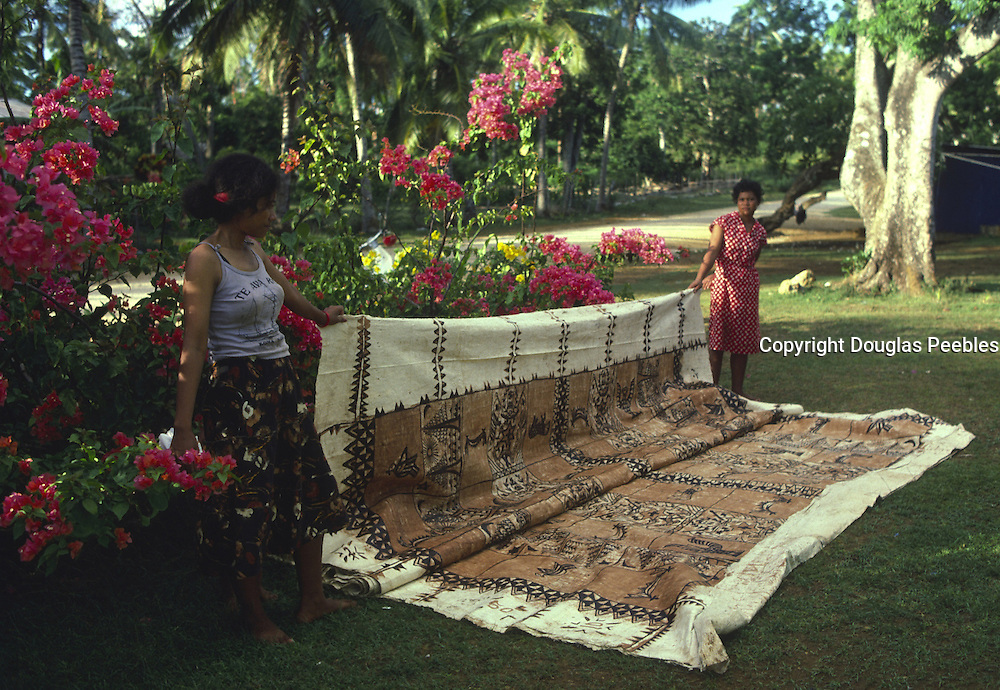 Tapa cloth, Vavau Island, Tonga, NMR, (editorial use only, no model release)<br />