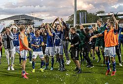 Frederik Gytkjær (Lyngby Boldklub) lader proppen springe efter kampen i 3F Superligaen mellem Lyngby Boldklub og Hobro IK den 20. juli 2020 på Lyngby Stadion (Foto: Claus Birch).