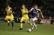 Cardiff City's Paul Parry goes past Preston's Barry Nicholson (10) and Billy Jones (19).  Coca Cola championship, Cardiff city v Preston NE at Ninian Park on Sat 6th Dec 2008. pic by Andrew Orchard,Andrew Orchard sports photography