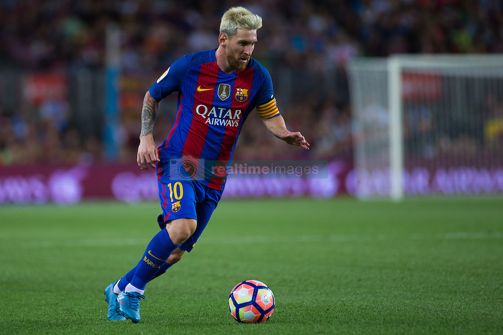 August 10, 2016 - Barcelona, Spain - Lionel Messi. 51st edition of the Joan Gamper Trophy between FC Barcelona and Sampdoria. Camp Nou, Barcelona, Spain. August 10th., 2016. Barça win 3-2  thanks to goals from Messi (2) and Luis Suárez. Budimir and Muriel for Sampdoria (Credit Image: © Eric Alonso/VW Pics via ZUMA Wire/ZUMAPRESS.com)