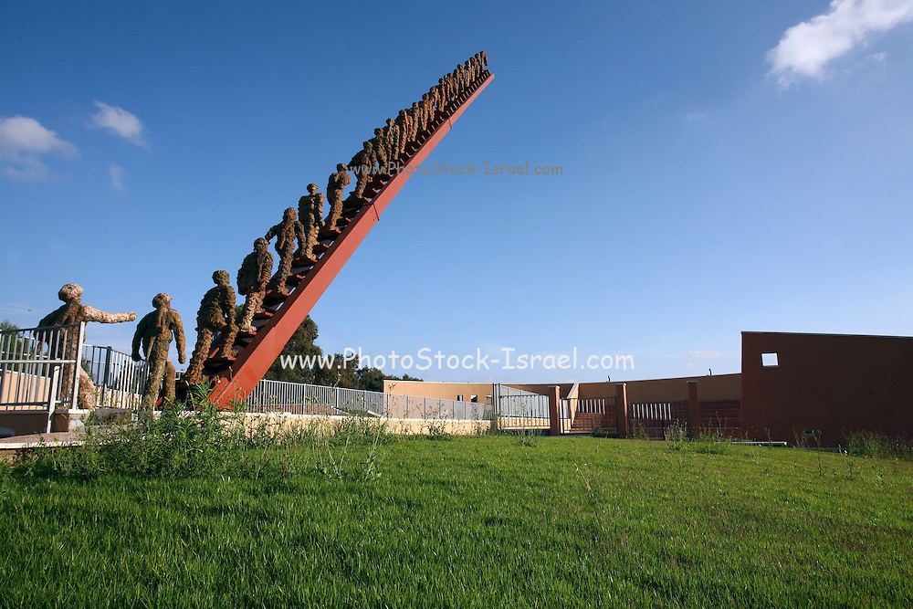 """Israel, Beit Lid, A monument sculpted by Sara Konforti to commemorate the 21 soldiers that were killed in a suicide attack at """"Beit Lid"""" junction on January 22, 1995. The Israeli memorial day (Yom Hazikaron) is observed on the 4th day of the month of Iyar of the Hebrew calendar, always preceding the next day's celebrations of Israel Independence Day."""