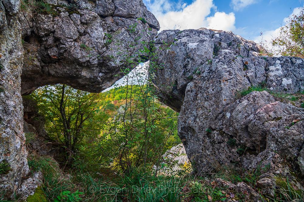 Stone formation near village of Mladezhko