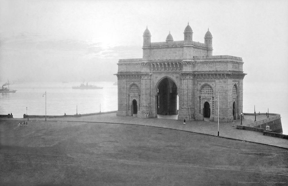 Gateway of India, Bombay, India, 1929
