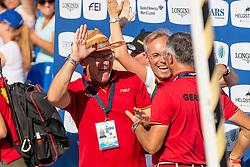 ENGEMANN Heinrich-Hermann (Co-Bundestrainer), SWAGENMAKERS Jan Hein (Tierarzt), BECKER Otto (Bundestrainer)<br /> Tryon - FEI World Equestrian Games™ 2018<br /> FEI World Team Championships<br /> 2. Qualifikation Teamwertung 2. Runde<br /> 21. September 2018<br /> © www.sportfotos-lafrentz.de/Stefan Lafrentz
