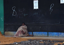 South African - Johannesburg - 16 June 2020 - A homeless man in Fordsburg keeping warm with a blanket, as most parts of Gauteng experiences  cold and rainy weather.<br />Picture: Itumeleng English/Africa News Agency(ANA)
