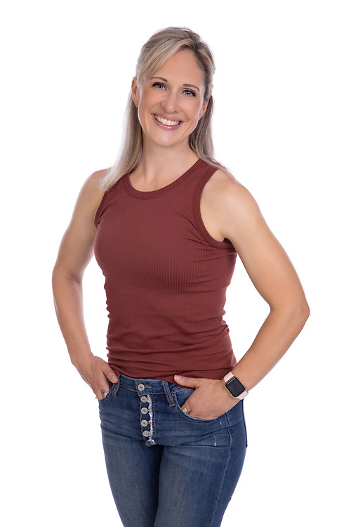 Khara Dimick is a personal trainer and coach passionate about Health and Fitness. Corporate Headshot