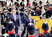 Koning Willem-Alexander en koningin Maxima ontvangen de Mexicaanse president Pena Nieto en zijn echtgenote Angelica Rivera de Pena /// King Willem-Alexander and Queen Maxima receive the Mexican president Pena Nieto and his wife Angelica Rivera de Pena<br /> <br /> Op de foto / On the photo:  Koning Willem-Alexander met de Mexicaanse president Pena Nieto /// King Willem-Alexander with the Mexican president Pena Nieto