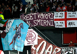 29-11-2007 VOETBAL: UEFA CUP: AZ - LARISSA: ALKMAAR<br /> AZ wint met 1-0 van het Griekse Larissa / Support vlaggen publiek<br /> ©2007-WWW.FOTOHOOGENDOORN.NL