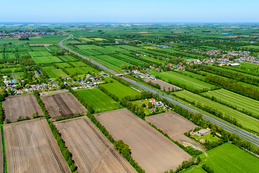 Nederland, Friesland, Centrale As, 07-05-2018; provinciale weg 356 (N356), Sintrale As of de Centrale As, tussen Nijega en Dokkum.<br /> Lokatie ter hoogte van Damwald, kamertjes landschap.<br /> New local motorway Friesland<br /> luchtfoto (toeslag op standaard tarieven);<br /> aerial photo (additional fee required);<br /> copyright foto/photo Siebe Swart