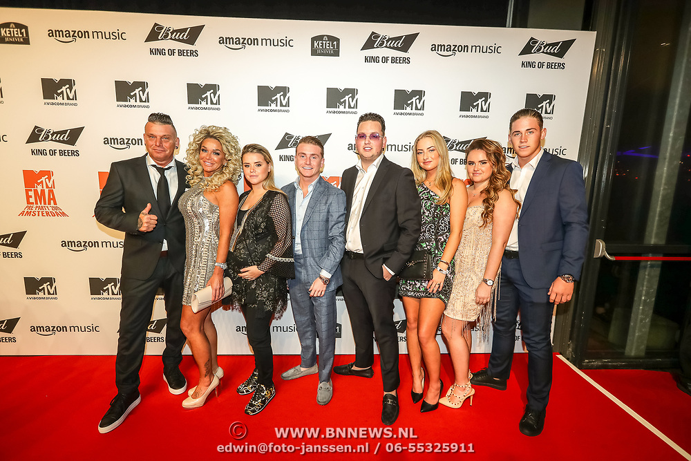 NLD/Amsterdam/20191028 - MTV Pre Party in Amsterdam, Familie van  Harrie Snijders