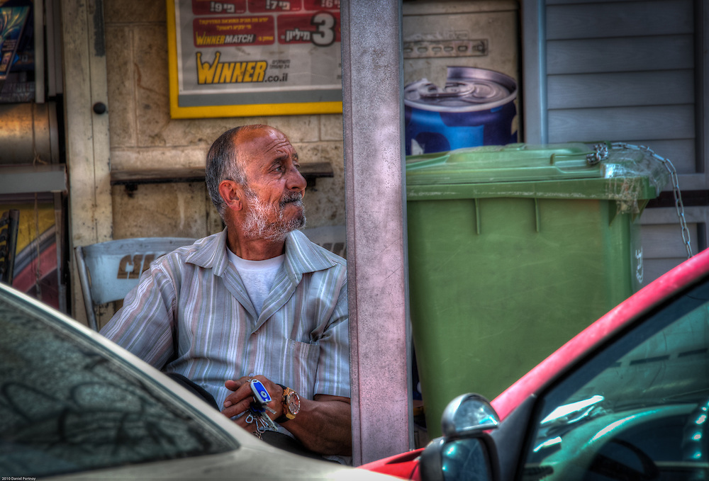 Man with keys in Acre