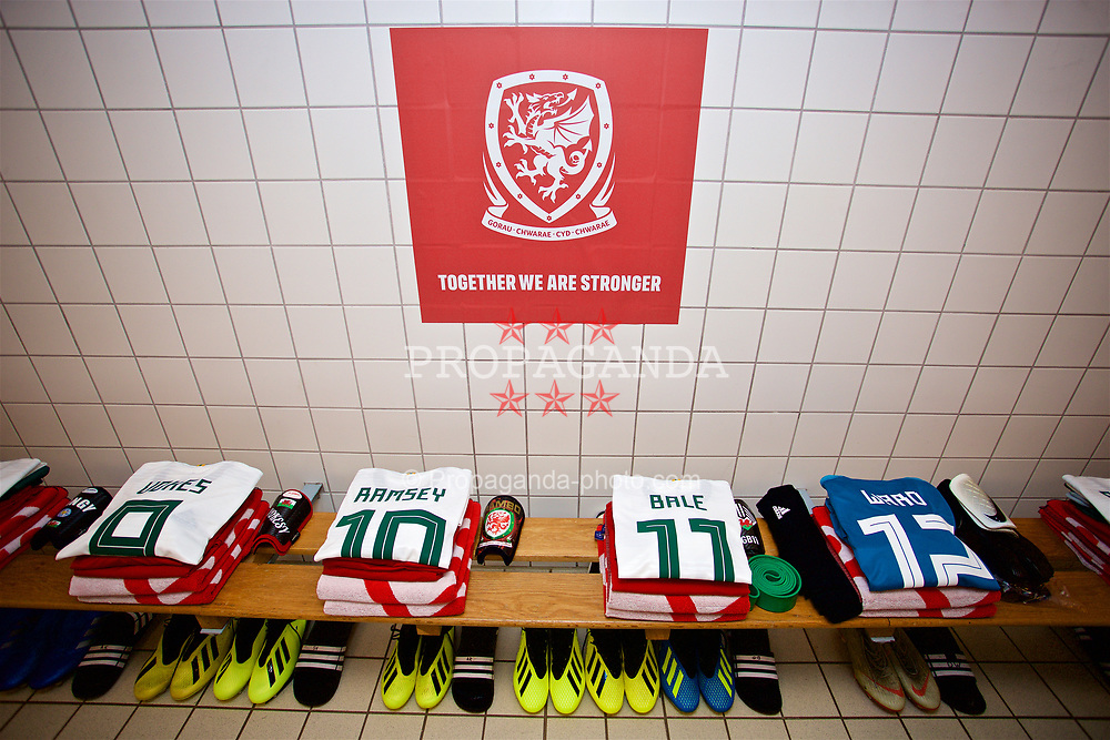 AARHUS, DENMARK - Sunday, September 9, 2018: Wales team shirts laid out in the dressing room before the UEFA Nations League Group Stage League B Group 4 match between Denmark and Wales at the Aarhus Stadion. (Pic by David Rawcliffe/Propaganda)