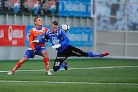 ÅLESUND 20110212. Aalesunds Ville Jalasto (tv) i en duell under treningskampen i fotball mellom Aalesund og Hødd på Color Line Stadion i Ålesund lørdag ettermiddag.<br /> Foto: Svein Ove Ekornesvåg