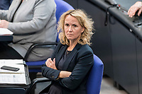 08 NOV 2018, BERLIN/GERMANY:<br /> Steffi Lemke, MdB, B90/Gruene, Parl. GEschaeftsfuehrerin, Bundestagsdebatte zum sog. Global Compact fuer Migration, Plenum, Deutscher Bundestag<br /> IMAGE: 20181108-01-056<br /> KEYWORDS: Sitzung