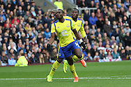 Yannick Bolasie of Everton (front) celebrates after scoring his teams 1st goal. Premier League match, Burnley v Everton at Turf Moor in Burnley , Lancs on Saturday 22nd October 2016.<br /> pic by Chris Stading, Andrew Orchard sports photography.