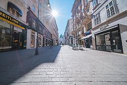"""leere Strassen am Kohlmarkt in Folge des Coronavirus-Ausbruchs in Oesterreich, aufgenommen am 15.03.2020, Wien, Oesterreich // empty streets at the """"Kohlmarkt"""" as a result of the coronavirus outbreak in Austria, Vienna, Austria on 2020/03/15. EXPA Pictures © 2020, PhotoCredit: EXPA/ Florian Schroetter"""