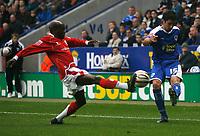 Photo: Steve Bond.<br />Leicester City v Barnsley. Coca Cola Championship. 27/10/2007. Alan Sheehan (R) crosses as  Jamal Campbell-Rice (L) attempts to intercept