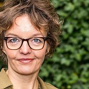 NLD/Hilversum/20161108 - Wie is de Mol 2017 perspresentatie, Sanne Wallis de Vries