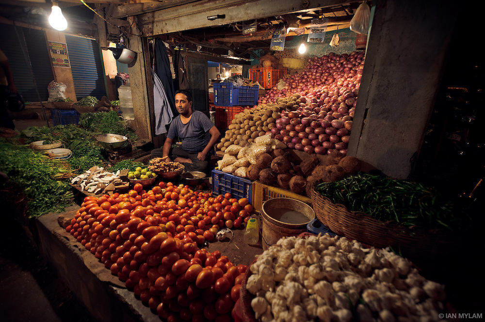 Grocery Seller - Night market, Bangalore, India