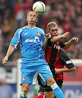 Fotball<br /> Bundesliga Tyskland<br /> Foto: Witters/Digitalsport<br /> NORWAY ONLY<br /> <br /> 17.09.2006<br /> <br /> v.l. Sergej Barbarez, Christopher Reinhard Frankfurt<br /> <br /> Bundesliga Eintracht Frankfurt - Bayer 04 Leverkusen