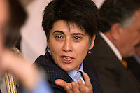 02 NOV 2004, ANKARA/TURKEY:<br /> Leyla Zana, kurdische Politikerin, im Gespraech mit einer delegation der Bundestagsfraktion Buendnis 90 / Die Gruenen<br /> IMAGE: 20041102-01-071<br /> KEYWORDS: Tuerkei, Türkei, Bündnis 90 / Die Grünen