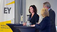 DEN HAAG - Caroline van den Berg (EY) . KNHB Technisch Kader Congres ' Coach the game' bij EY in Den Haag. FOTO KOEN SUYK