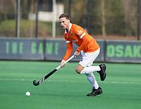 BLOEMENDAAL  - Roel Bovendeert (Bldaal)  . Bloemendaal-Kampong (2-1).  hoofdklasse hockey mannen.   COPYRIGHT KOEN SUYK