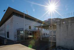 28.02.2019, Innsbruck, AUT, FIS Weltcup Langlauf, nach der gestrigen Doping Razzia in den Unterkünften der ÖSV Athleten und einem benachbarten Ferienhaus (Villa Seefeld) in welchem mutmaslich Blutdoping bei den Sportlern angewandt wurde.<br /> Zwei Athleten des ÖSV wurden dabei von der Polizei Festgenommen, einer der Beiden Verahfteten wurde dabei laut Auskunft der Polizei, auf frischer tat ertappt, im Bild Haupttor der Justizanstalt Innsbruck // Prison Innsbruck after yesterday's doping raid in the accommodations of the ÖSV athletes and a neighboring holiday home (Villa Seefeld) in which presumptive blood doping was applied to the athletes.<br /> Two athletes of the ÖSV were arrested by the police. One of the two men was detained, according to the police, and caught red-handed. FIS Nordic Ski World Championships 2019. Innsbruck, Austria on 2019/02/28. EXPA Pictures © 2019, PhotoCredit: EXPA/ Johann Groder