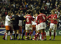 Fotball<br /> Privatlandskamp U 21<br /> England v Holland<br /> 8. februar 2005<br /> Foto: Digitalsport<br /> NORWAY ONLY<br /> Tempers flare during the match leaving both referee and linesman struggling to control the players