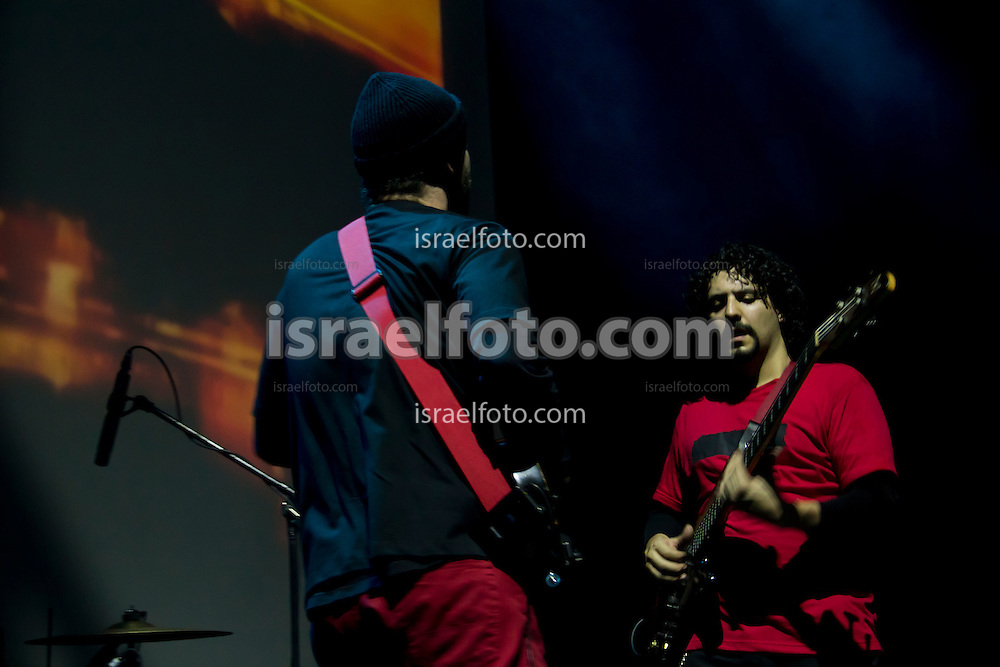 Alex Otaola performing in concert with Alonso Arreola. January 27, 2012. Mexico City, Mexico.