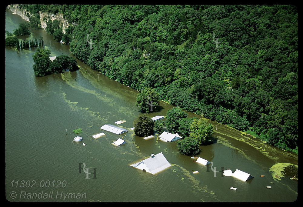 At bottom of bluffs, farm compound does not escape Mississippi's record '93 flood; Prairie Rocher Illinois