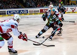06.03.2020, Keine Sorgen Eisarena, Linz, AUT, EBEL, EHC Liwest Black Wings Linz vs EC KAC, Viertelfinale, 2. Spiel, im Bild v.l. Clemens Unterweger (EC KAC), Lukas Haudum (EC KAC), Dragan Umicevic (EHC Liwest Black Wings Linz) // during the Erste Bank Eishockey League 2nd quarterfinal match between EHC Liwest Black Wings Linz and EC KAC at the Keine Sorgen Eisarena in Linz, Austria on 2020/03/06. EXPA Pictures © 2020, PhotoCredit: EXPA/ Reinhard Eisenbauer