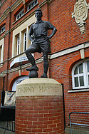 Johnny Haynes statue at Fulham FC before the the Sky Bet Championship match at Craven Cottage, London<br /> Picture by Richard Brooks/Focus Images Ltd 07947656233<br /> 18/03/2017