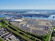 Nederland, Noord-Holland, Amsterdam, 02-09-2020; Westpoort, Westhaven, Koopman Car Terminal. Hornweg met spoorlijn naar Zaandam, Hemspoortunnel.<br /> Western harbour area, Port  of Amsterdam, Koopman Car Terminal.<br /> <br /> luchtfoto (toeslag op standard tarieven);<br /> aerial photo (additional fee required);<br /> copyright foto/photo Siebe Swart