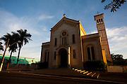 Ituiutaba_MG, Brasil...Catedral Sao Jose de Ituiutaba, Minas Gerais...The Sao Jose cathedral in Ituiutaba, Minas Gerais...Foto: LEO DRUMOND / NITRO