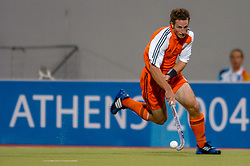 27-08-2004 GRE: Olympic Games day 15, Athens<br /> Hockey finale mannen Nederland - Australie 1-2 / Ronald Brouwer #8