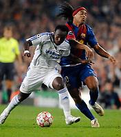 Photo: Richard Lane.<br />Barcleona v Chelsea. UEFA Champions League, Group A. 31/10/2006. <br />Chelsea's Lilian Thuram tackled Barcelona's Ronaldinho.