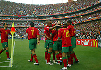 Fotball<br /> Euro 2004<br /> 16.06.2004<br /> Foto: SBI/Digitalsport<br /> NORWAY ONLY<br /> <br /> Portugal celebrate the opening goal by Maniche<br /> Portugal v Russland 2-0