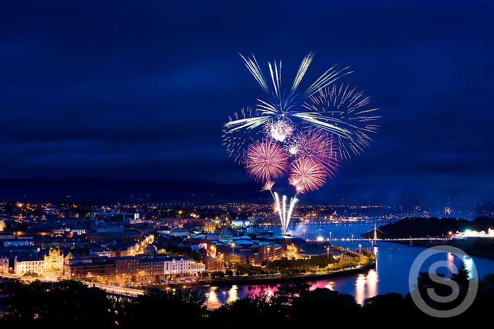 Photographer: Chris Hill, Fireworks, Derry City