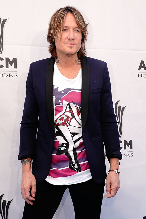 NASHVILLE, TENNESSEE - AUGUST 21: Keith Urban arrives at the 13th Annual ACM Honors on August 21, 2019 in Nashville, Tennessee.