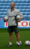Photo: Steve Bond.<br />Coventry City v Notts County. The Carling Cup. 14/08/2007. Coventry manager Iain Dowie