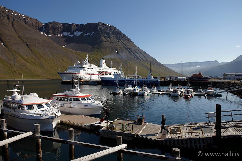 The harbour at Isafjordur, west of Iceland-  Ísafjörður, höfn og mannlíf