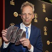 NLD/Hilversum/20190131 - Uitreiking Gouden RadioRing Gala 2019, Sjors Frohlich met prijs
