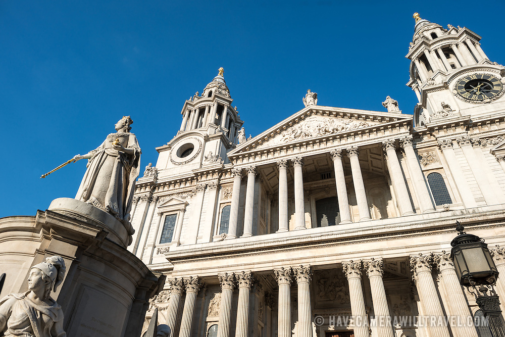 Queen Victoria statue (at left) in front of St Paul's Cathedral, one of the most distinctive of London's landmarks. There has been a church on this site since 604 AD. The current building, with it's massive dome, was designed by Christopher Wren and dates back to the late 17th century.