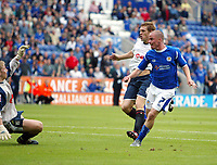 Photo: Chris Ratcliffe.<br />Leicester City v Ipswich Town. Coca Cola Championship. 12/08/2006.<br />Iain Hume putting Leicester into a 3-1 lead.